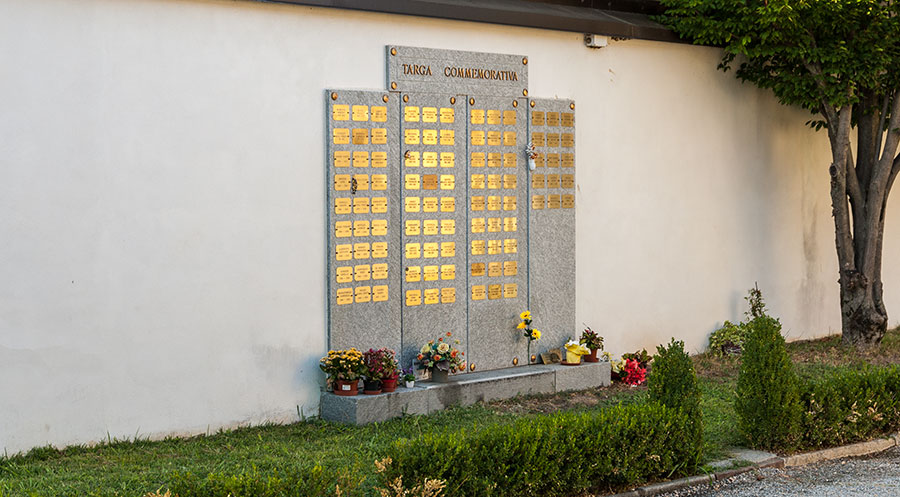targa commemorativa ara crematoria Bra